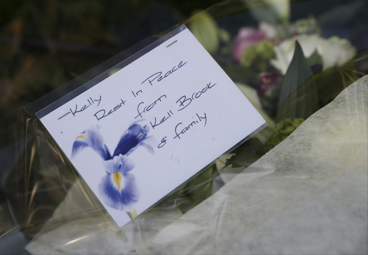 Britain Boxing - Kell Brook & Errol Spence Public Work-Outs - Peace Gardens, Sheffield - 24/5/17 The message on the flowers layed by Kell Brook in memory of Kelly Brewster who died in the Manchester attack  Action Images via Reuters / Carl Recine Livepic