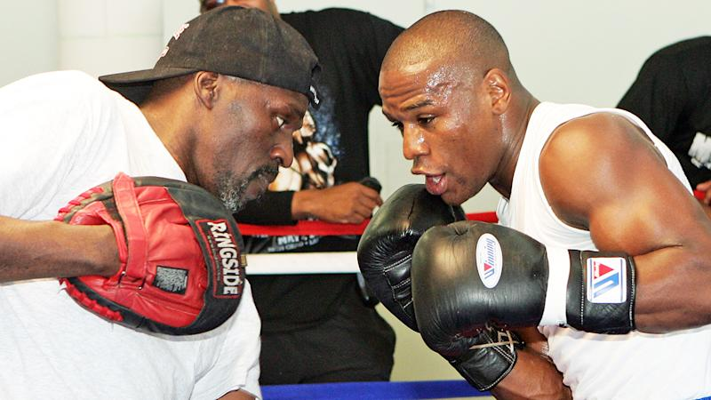 Roger and Floyd Mayweather, pictured here working out together in 2007.