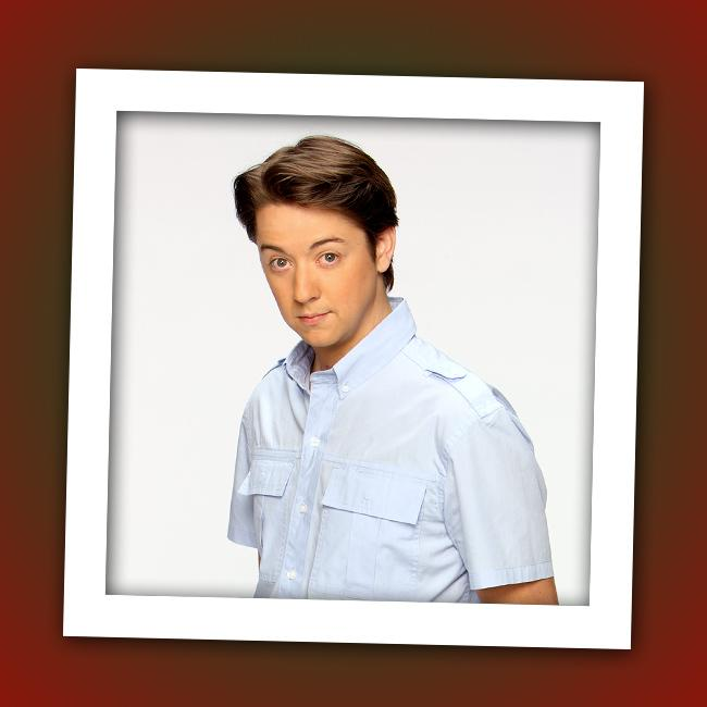 """It's Bradford Anderson, who plays computer whiz Damian Spinelli on the long-running ABC soap """"<a href=""""http://tv.yahoo.com/general-hospital/show/86"""" rel=""""nofollow"""">General Hospital</a>."""""""