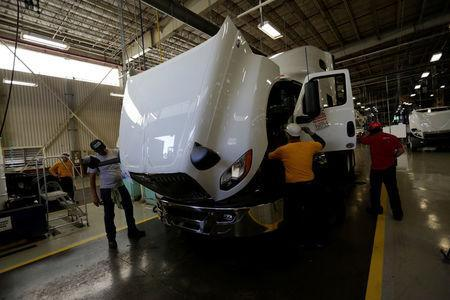 Shaky NAFTA deal threatens Navistar's Mexico-made exports to world