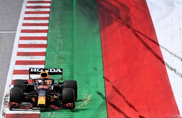 Verstappen nails his third pole in a row