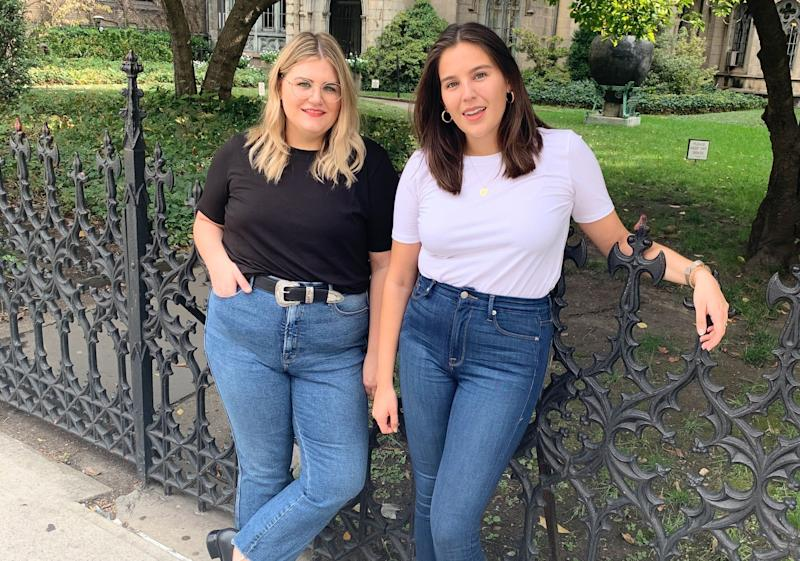 """HuffPost Finds Editors&nbsp;<a href=""""https://www.instagram.com/brittany_nims/"""" target=""""_blank"""" rel=""""noopener noreferrer"""">Brittany Nims</a>&nbsp;(left) and <a href=""""https://www.instagram.com/daniellekgonzalez/"""" target=""""_blank"""" rel=""""noopener noreferrer"""">Danielle Gonzalez&nbsp;</a>(right) wore the same style of T-shirt for a week. (Photo: <a href=""""https://www.instagram.com/shilohnoelle/"""" target=""""_blank"""">Shiloh Gulickson</a>)"""