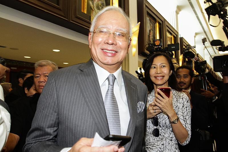 Datuk Seri Najib Razak said he felt vindicated after Kuantan MP Fuziah Salleh refuted Dr Mahathir's claim about the wall around MCKIP. — Picture by Miera Zulyana