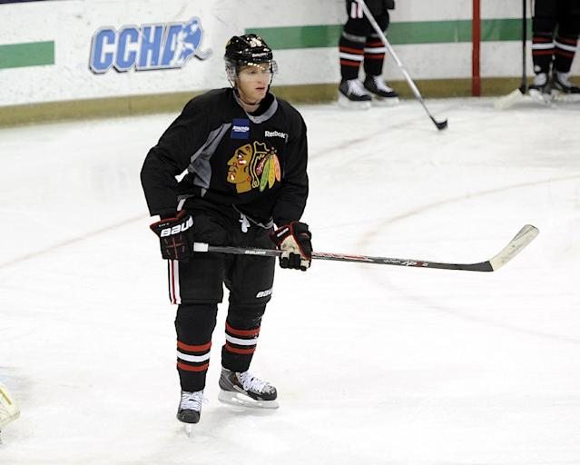 Chicago Blackhawks' Patrick Kane waits for a pass during a practice at the teams NHL hockey training camp on the campus of the University of Notre Dame in South Bend, Ind., Thursday, Sept. 12, 2013. (AP Photo/Joe Raymond)