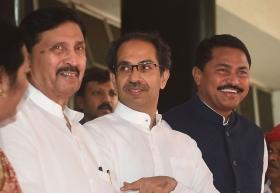 Shiv Sena likely to back Citizenship bill, Uddhav Thackeray to take final call today: Report