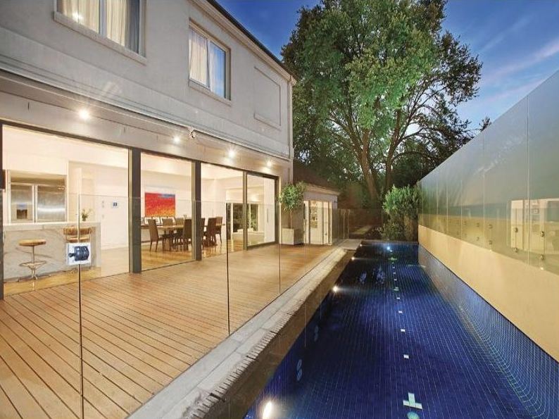 Pictured: George Calombaris home and pool. Image: Realestate.com