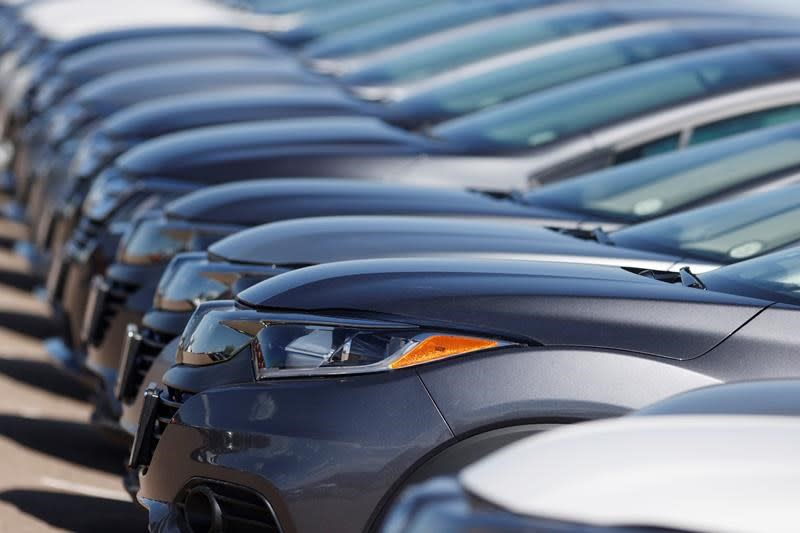 Canadian auto sales hit 165,020 in July, up 6.2 per cent from June
