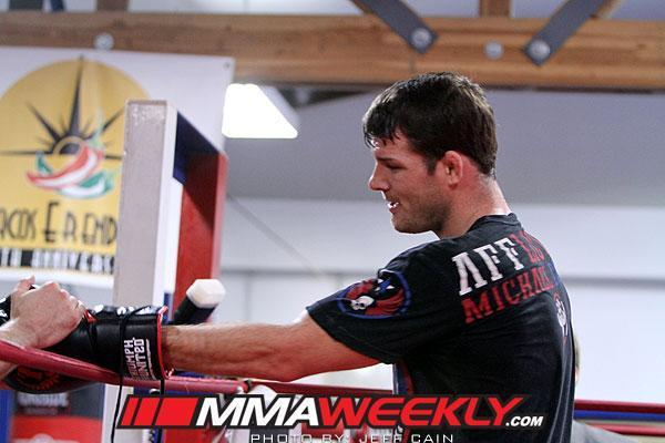 Michael Bisping Apologizes for Withdrawal Following Recurrance of Detached Retina Injury