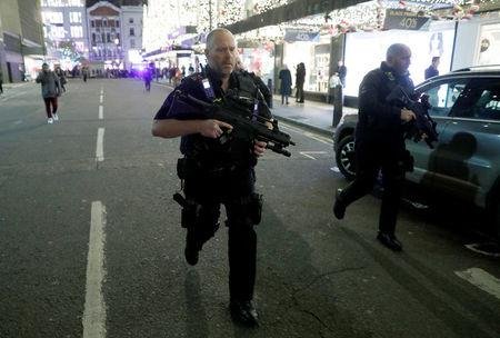 Police in London stood down after Oxford St shooting scare