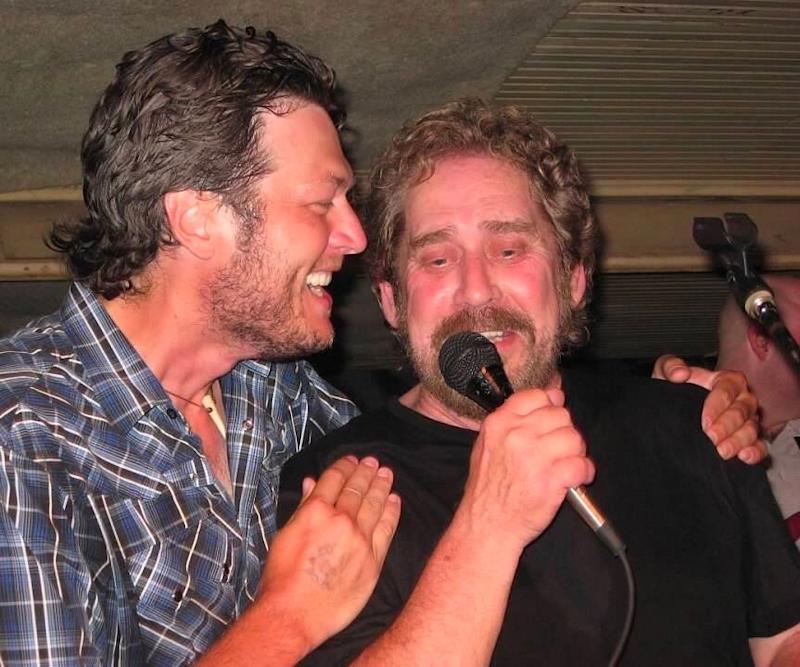 Blake Shelton posts touching tribute to Earl Thomas Conley. (Photo: Facebook)