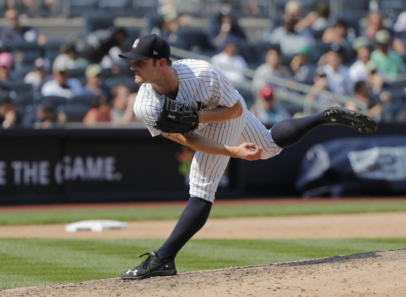 New York Yankees: David Robertson signs deal down I-95