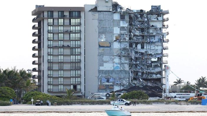 View of the partially collapsed residential building as rescue operations are stopped, in Surfside, Florida, 4 July 2021