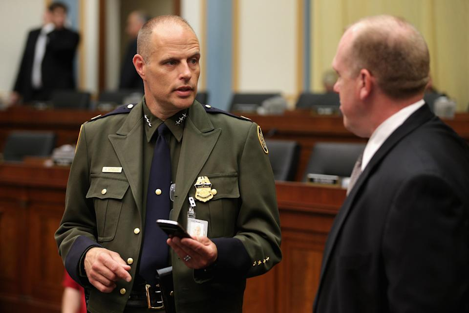US Border Patrol Deputy Chief Ronald Vitiello and US Immigration and Customs Enforcement Executive Associate Director for Enforcement and Removal Operations Tom Homan testify before the House Judiciary Committee June 25, 2014 in Washington, DC (AFP Photo/Chip Somodevilla)