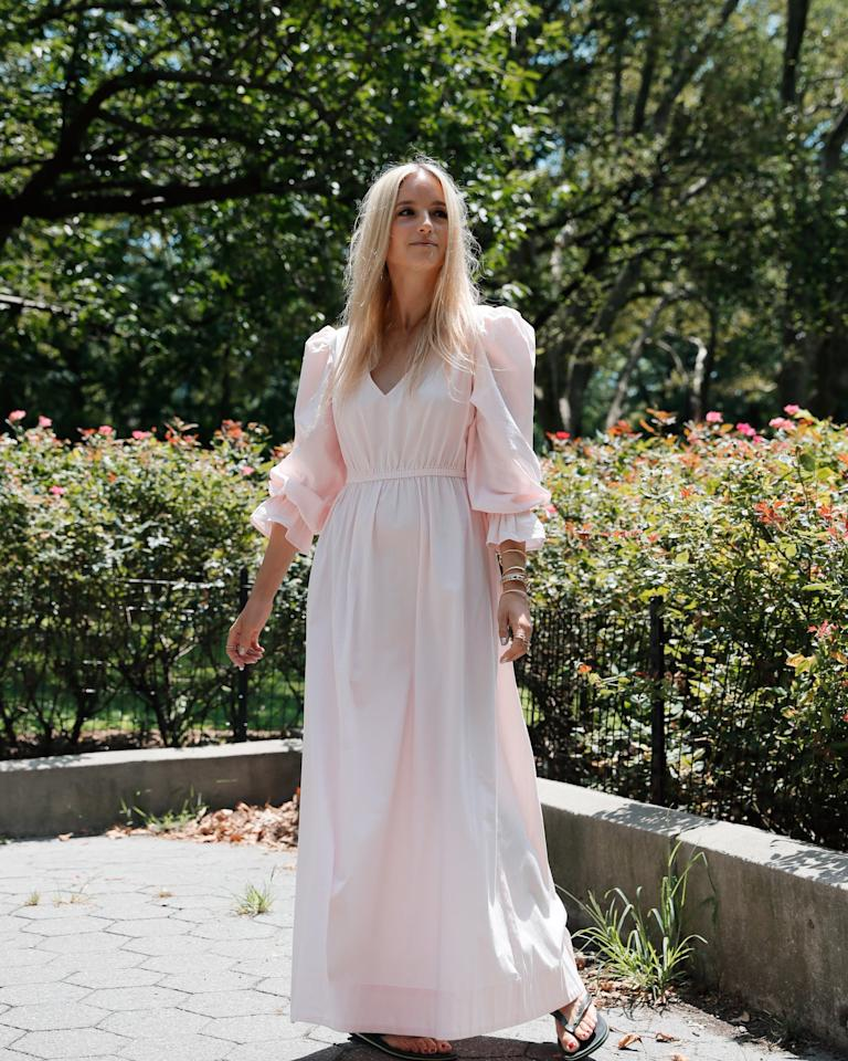 """<p><a href=""""https://www.popsugar.com/buy/Drop-Women-Pastel-Pink-Loose-Fit-V-Neck-Balloon-Sleeve-Maxi-Dress-thefashionguitar-476818?p_name=The%20Drop%20Women%27s%20Pastel%20Pink%20Loose%20Fit%20V-Neck%20Balloon%20Sleeve%20Maxi%20Dress%20by%20%40thefashionguitar&retailer=amazon.com&pid=476818&price=70&evar1=fab%3Aus&evar9=46468165&evar98=https%3A%2F%2Fwww.popsugar.com%2Ffashion%2Fphoto-gallery%2F46468165%2Fimage%2F46468166%2FDrop-Women-Pastel-Pink-Loose-Fit-V-Neck-Balloon-Sleeve-Maxi-Dress-thefashionguitar&prop13=mobile&pdata=1"""" rel=""""nofollow"""" data-shoppable-link=""""1"""" target=""""_blank"""" class=""""ga-track"""" data-ga-category=""""Related"""" data-ga-label=""""https://www.amazon.com/dp/B07V5KHXJ7/ref=thedrp_dsktp_styldlk?theDropLookIdDpx=04241fb2-a721-4a22-aa2f-ea9e840c1b27&amp;theDrop=1"""" data-ga-action=""""In-Line Links"""">The Drop Women's Pastel Pink Loose Fit V-Neck Balloon Sleeve Maxi Dress by @thefashionguitar</a> ($70)</p>"""