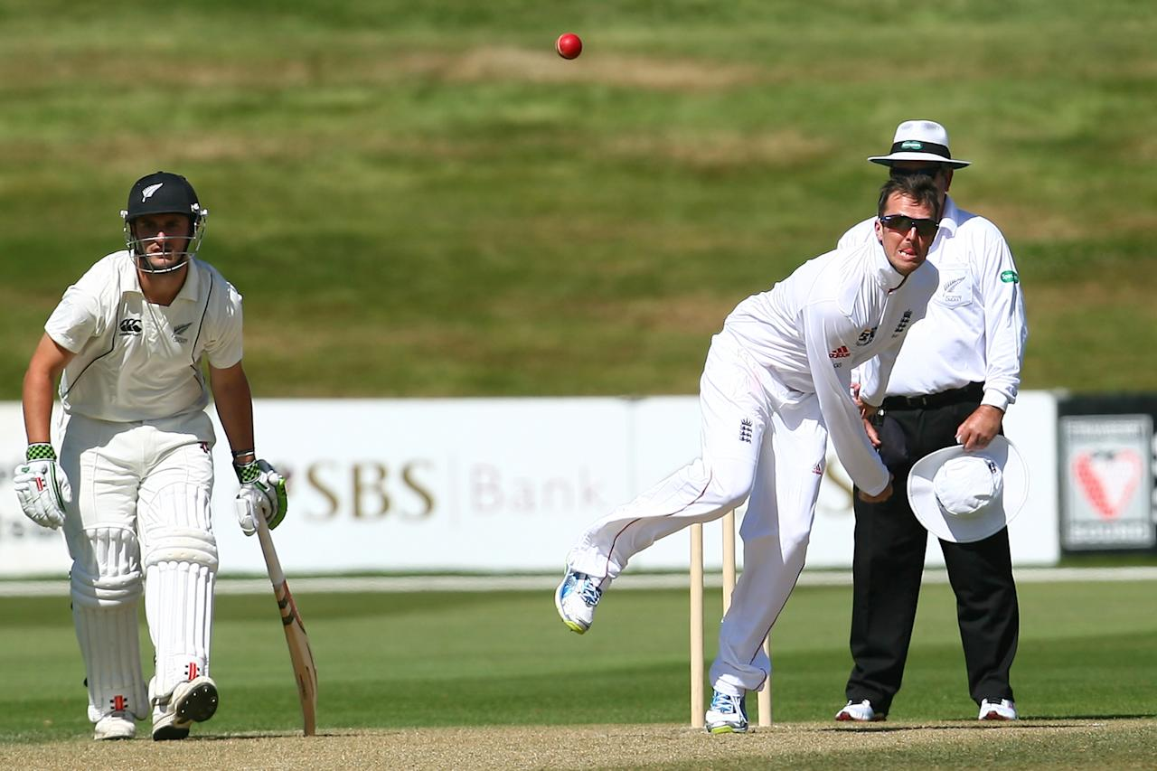 QUEENSTOWN, NEW ZEALAND - FEBRUARY 28:  Graeme Swann of England bowls during day two of the International tour match between the New Zealand XI and England at Queenstown Events Centre on February 28, 2013 in Queenstown, New Zealand.  (Photo by Teaukura Moetaua/Getty Images)