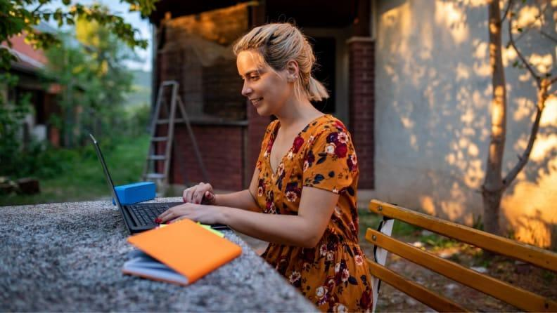 Be sure to situate yourself in an area with minimal distractions for work efficiency outdoors.