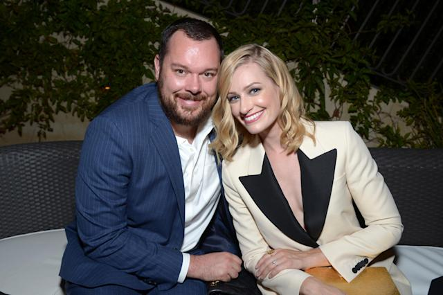 Michael Gladis and Beth Behrs, pictured together at ASPCA's Los Angeles benefit in 2016, are officially mister and missus. (Photo: Matt Winkelmeyer/Getty Images for ASPCA)