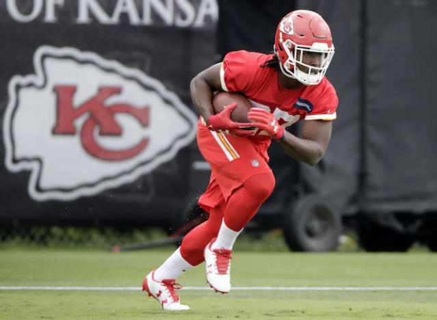 "The arrow is pointing forward for <a class=""link rapid-noclick-resp"" href=""/nfl/players/30199/"" data-ylk=""slk:Kareem Hunt"">Kareem Hunt</a> post-Ware knee injury. (AP)"
