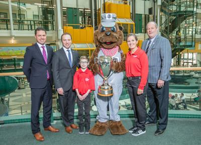 CP mascot Cornelius stands with Jonathan Wahba, Vice-President, Sales & Marketing - Intermodal and Automotive, CP; Adam Starkman, Vice-President, Corporate Partnerships, SickKids Foundation; Kyle Hayhoe, Child Ambassador; Lorie Kane, CP Ambassador & LPGA Tour Professional, Canadian Golf Hall of Fame Member; and Bill Paul, Chief Championship Officer, Golf Canada. (CNW Group/Canadian Pacific)