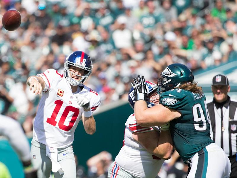 Eli Manning's late rally was not enough to record the Giant's first win of the season (Getty)
