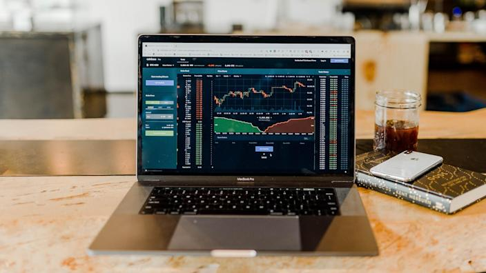 cryptocurrency bitcoin trading chart on Macbook Pro