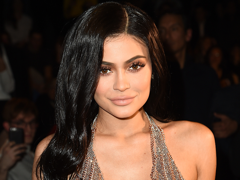 Kylie Jenners New Hair Color For Her 21st Birthday Is Far From Your
