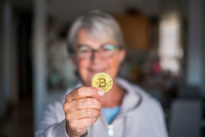 Now more than ever, bitcoin is becoming a hugely popular investment asset in retirement portfolios. | Source: Shutterstock