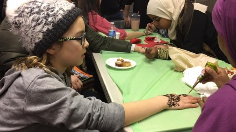 Open doors, open hearts: Ottawa's Muslim community shares traditions with residents