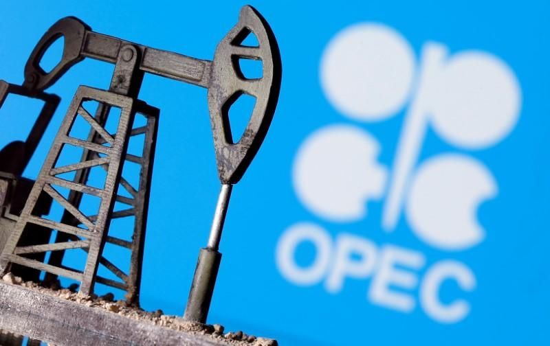 Oil up more than 3% ahead of OPEC+ meeting and on easing lockdowns