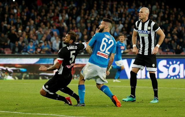 Soccer Football - Serie A - Napoli vs Udinese Calcio - Stadio San Paolo, Naples, Italy - April 18, 2018 Napoli's Lorenzo Tonelli scores their fourth goal REUTERS/Ciro De Luca