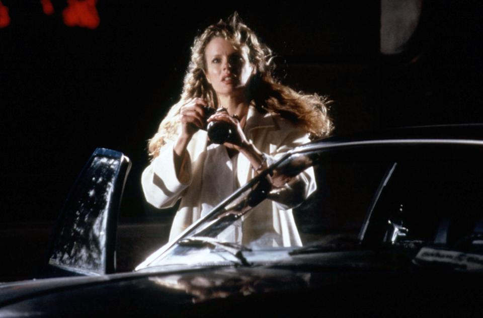 Kim Basinger as Vicki Vale in 'Batman' (Photo: Warner Bros./ Courtesy: Everett Collection)