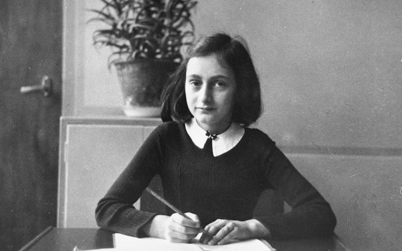 This photo taken in 1940 shows Anne Frank at the age of 12 years, - HO