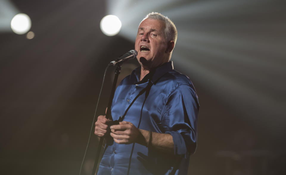 Daryl Braithwaite performs during the 31st Annual ARIA Awards 2017