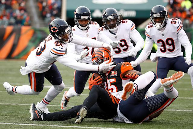 <p>Kyle Fuller #23 and the Chicago Bears tackle Giovani Bernard #25 of the Cincinnati Bengals during the second half at Paul Brown Stadium on December 10, 2017 in Cincinnati, Ohio. (Photo by Andy Lyons/Getty Images) </p>