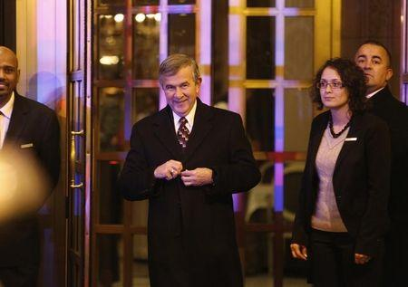 U.S. Senator Mike Johanns (R-NE) (2nd L) departs after a private dinner with fellow Republican senators and U.S. President Barack Obama at a hotel near the White House in Washington March 6, 2013. REUTERS/Jonathan Ernst