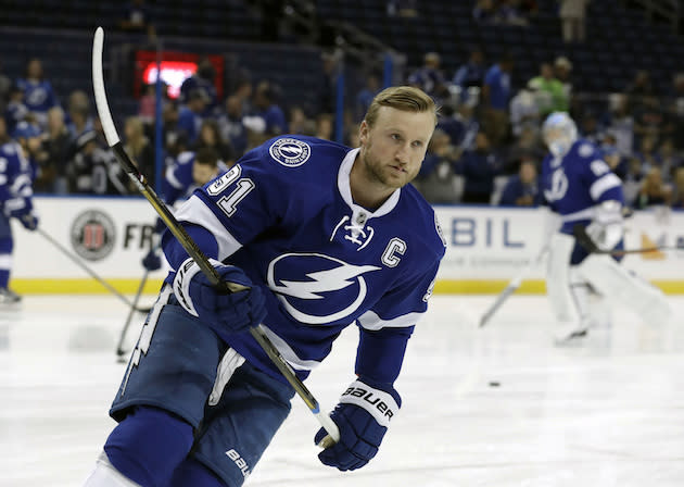 "<a class=""link rapid-noclick-resp"" href=""/nhl/teams/tam/"" data-ylk=""slk:Tampa Bay Lightning"">Tampa Bay Lightning</a> center <a class=""link rapid-noclick-resp"" href=""/nhl/players/4471/"" data-ylk=""slk:Steven Stamkos"">Steven Stamkos</a> (91) before an NHL hockey game against <a class=""link rapid-noclick-resp"" href=""/nhl/teams/col/"" data-ylk=""slk:Colorado Avalanche"">Colorado Avalanche</a> Thursday, Oct. 20, 2016, in Tampa, Fla. (AP Photo/Chris O'Meara)"
