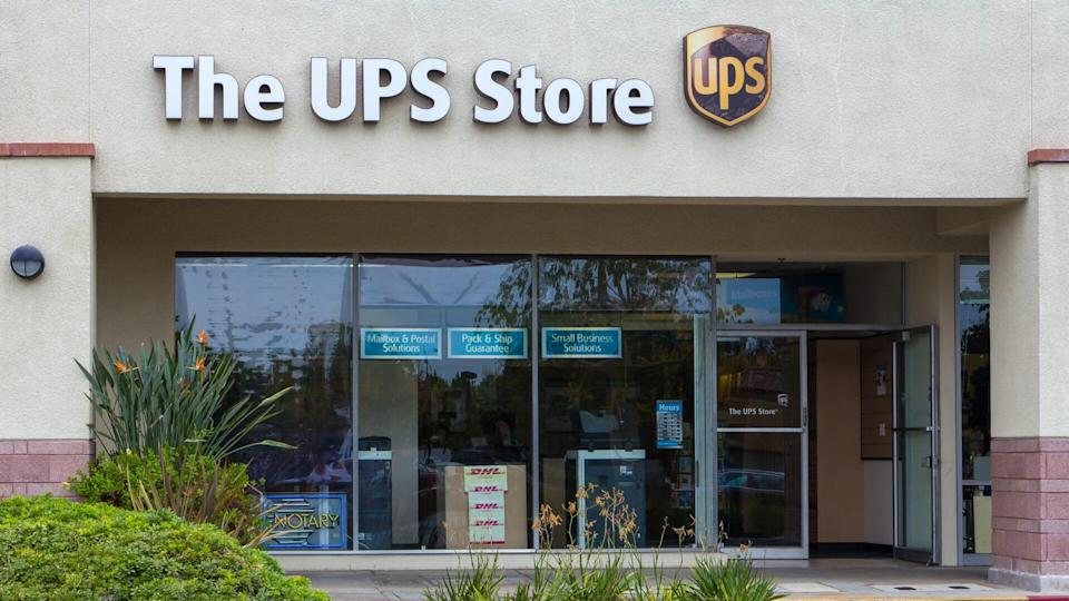 Pasadena, United States - August 2, 2014: The UPS Store exterior.
