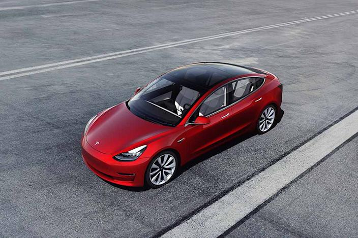 tesla model 3 2020 01 angle exterior front red