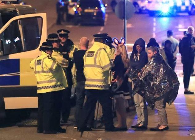Woman praised after leading 50 teenagers to safety following Manchester Arena attack