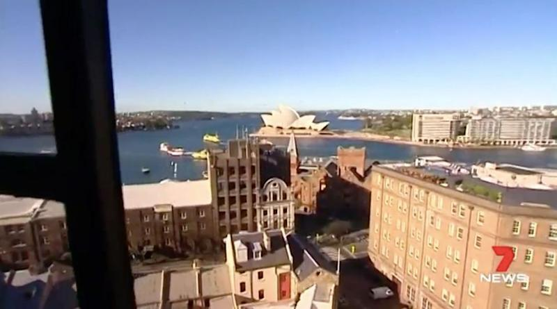 The pair were allegedly charging $700 a week for Harbour views. Source: 7 News