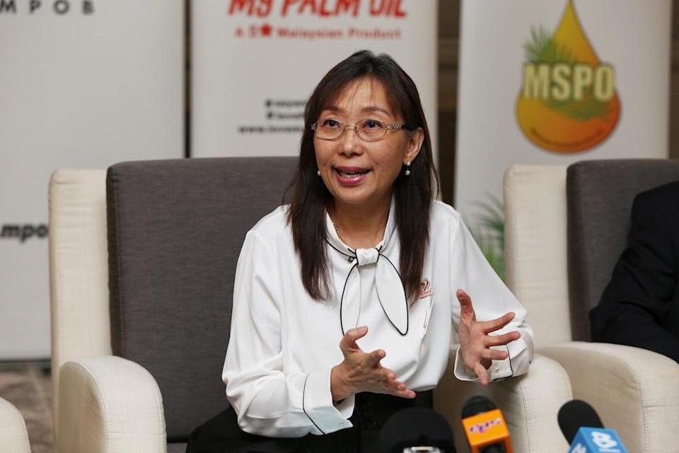Teresa Kok speaks during a press conference in Kuala Lumpur January 16, 2020. — Picture by Choo Choy May