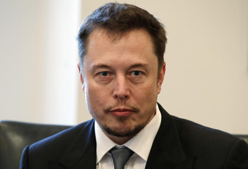Elon Musk apologizes for comments about cave rescue diver