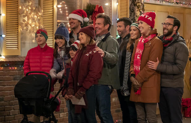 2019 Holiday TV Specials: 27 Programs Sure to Make Your Days Merry and Bright (Photos)