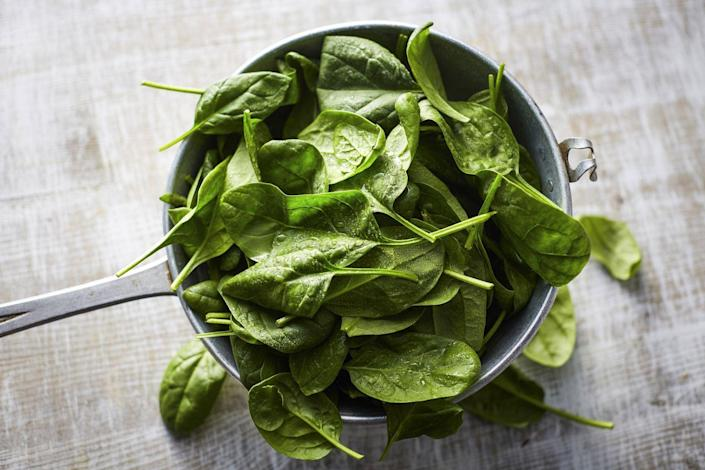 """<p>""""Eat green and become lean!"""" says Dr. Gundry. """"Greens fill you up, are loaded with prebiotic fiber that feed 'skinny' bacteria and are quick and easy to prepare—either eaten raw in salads or stir-fried."""" For inspiration on how to add more spinach to your diet, check out <a href=""""https://www.prevention.com/food-nutrition/a20505145/spinach-recipes/"""" rel=""""nofollow noopener"""" target=""""_blank"""" data-ylk=""""slk:these recipes"""" class=""""link rapid-noclick-resp"""">these recipes</a>.<br></p>"""