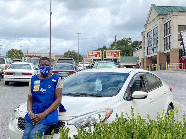 PHOTO: LaShenda Williams, who was once homeless and living out of her car, now works for a Kroger grocery store in Nashville, Tenn. (Courtesy The Kroger Co.)