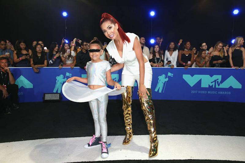 Farrah Abraham brings daughter Sophia to 2017 MTV VMAs