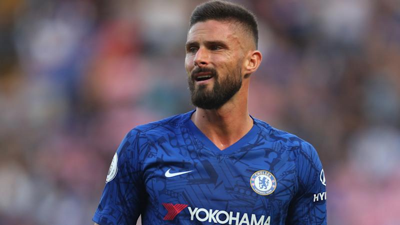 Giroud insists he's '100% focused' on Chelsea amid transfer rumours