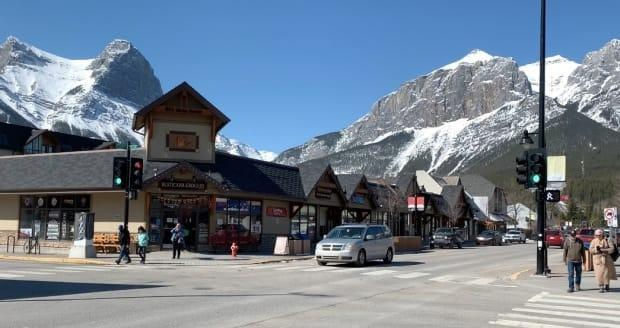 The mayor of Canmore spoke out against its United Conservative Party MLA for opposing a return to tighter COVID-19 restrictions. The town of 14,000 currently has 73 active cases of COVID-19.