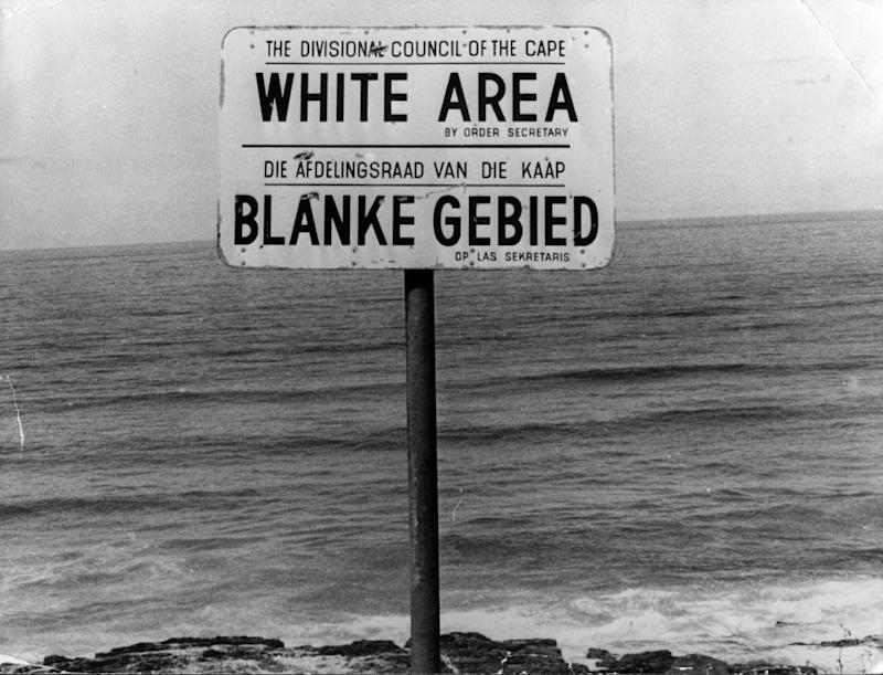 1023_South_Africa_racism