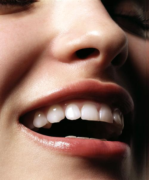 Can Activated Charcoal Whiten Your Teeth